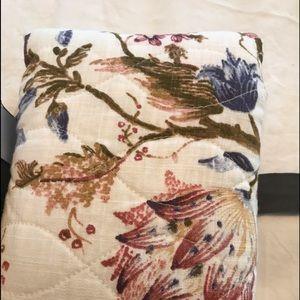 Diamond Quilted standard pillow sham
